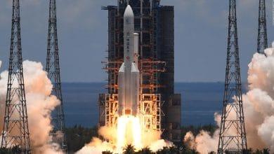 cohete-chino-captado-en-caida-hacia-la-tierra