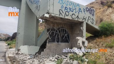 puente-peatonal-destrozado