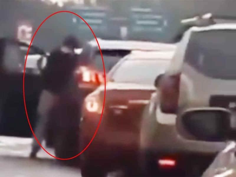 video-aprovechan-transito-detenido-para-asaltar