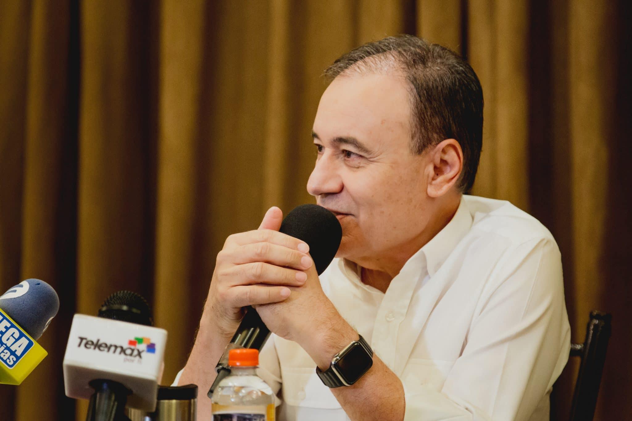 Alfonso Durazo en conferencia de prensa con medios locales, da a conocer sus propuestas del nuevo gobierno
