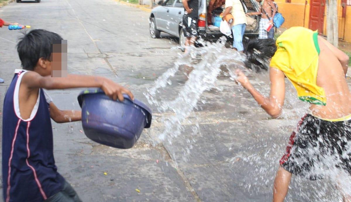 Hasta-15-mil-pesos-de-multa-a-quien-desperdicie-agua-el-Día-de-San-Juan