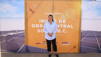 Ruiz-acude-a-colocación-de-la-primera-piedra-de-planta-fotovoltaica-en-BC
