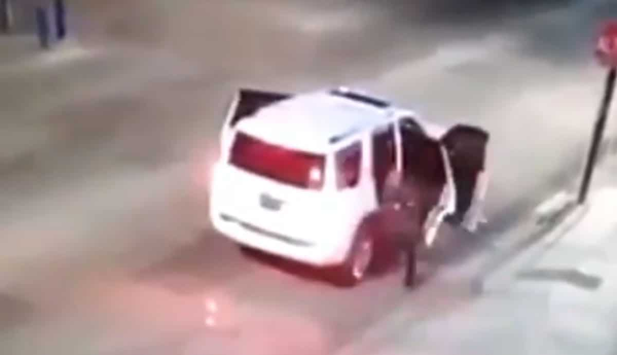 VIDEO-Así-fue-el-ataque-a-las-oficinas-de-Morena