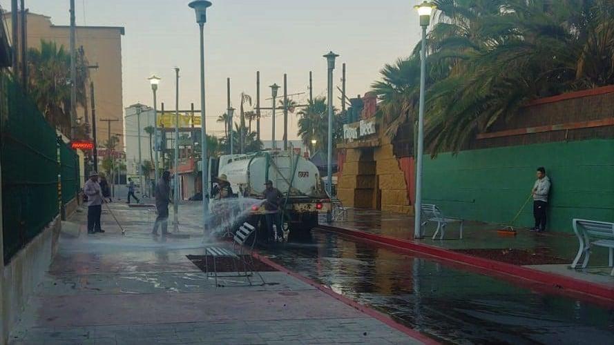 playas-de-rosarito-continua-sanitizacion-de-espacios-publicos