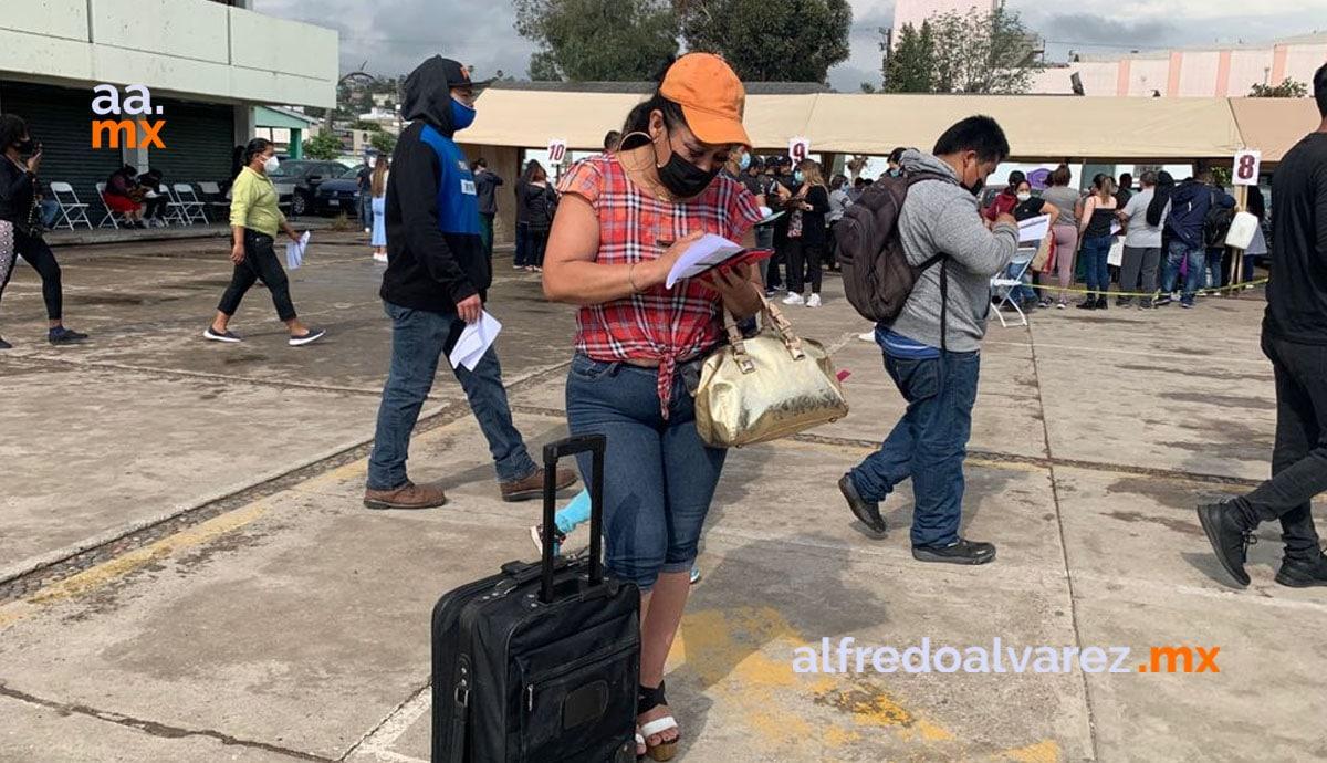 Llegan-cientos-de-personas-a-BC-para-vacunarse-saturan-vuelos