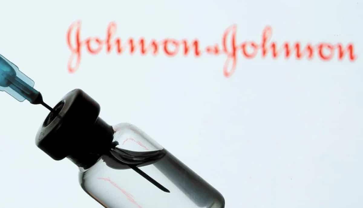 Desechan-millones-de-dosis-Johnson-&-Johnson-por-contaminación