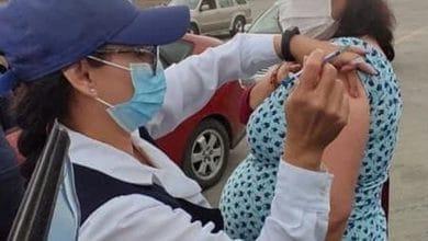 Embarazadas-que-reciben-1ra-vacuna-y-dieron-a-luz-deben-aplicarse-2da