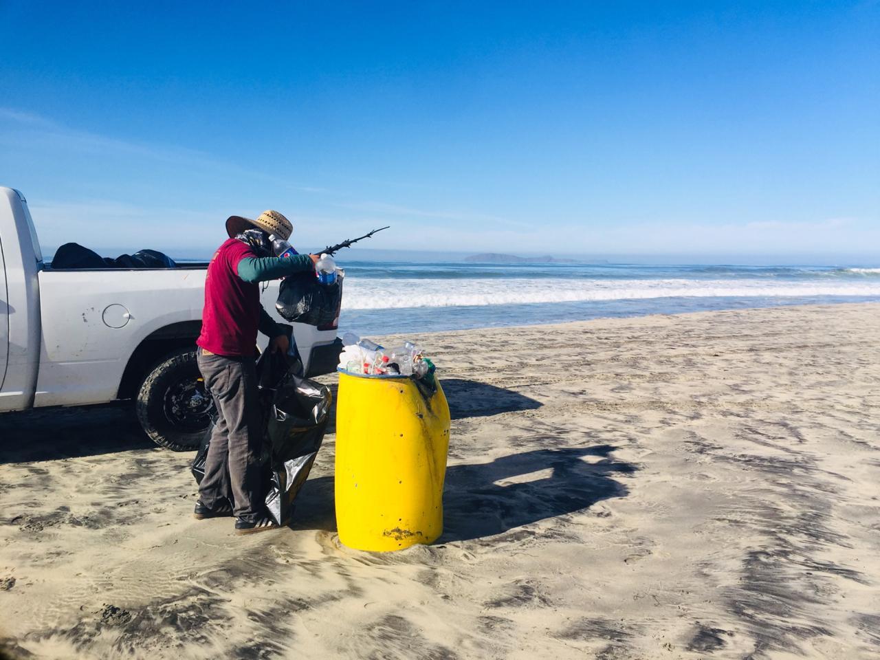 Playas de Rosarito limpias